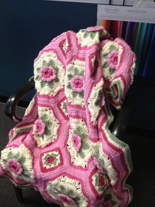 Many Roses Afghan to Crochet Free Patterns and Ideas | Free Crochet ...